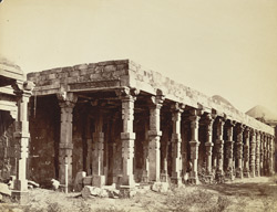 Hall of the hundred pillars, Delhi [sic. Quwwat al-Islam mosque]